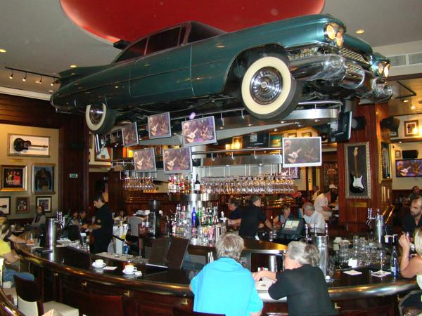 Хард рок кафе в Барселоне