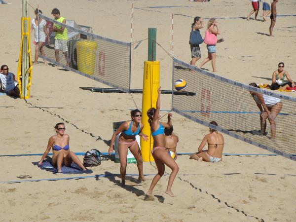 Пляжный волейбол в Барселоне