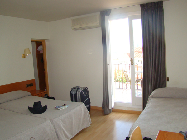 Отель Эверест в Барселоне