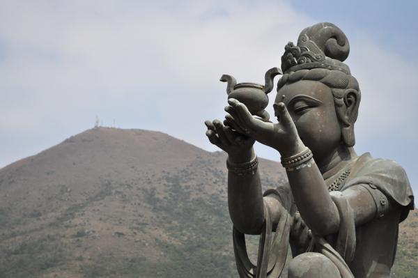 Статуи большого будды