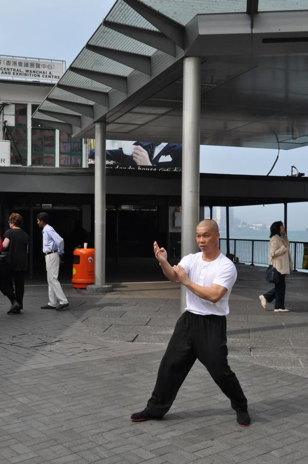 Каратист в Гонконге