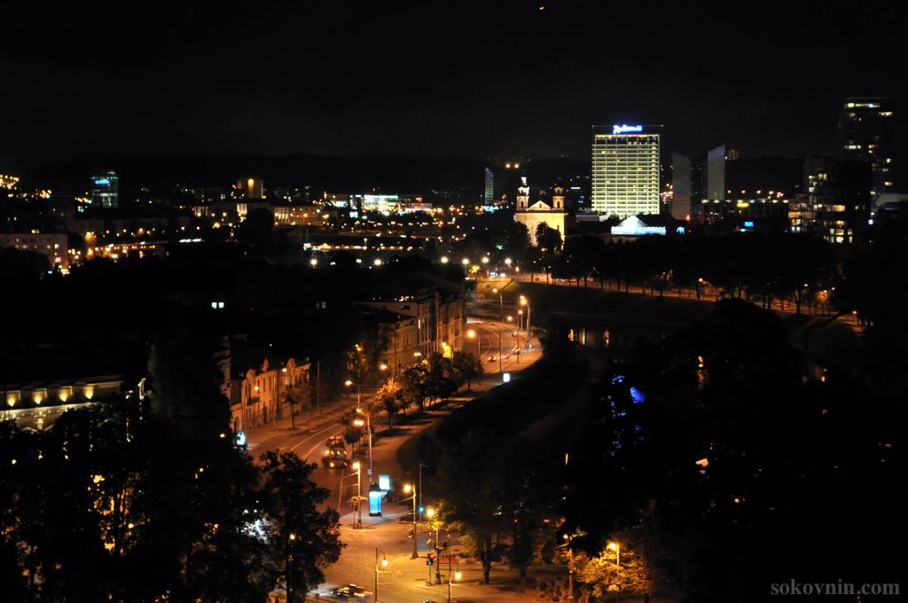 Вид на ночной Вильнюс