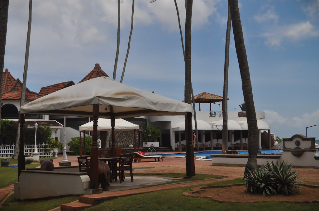 Территория отеля Диквелла Ресорт