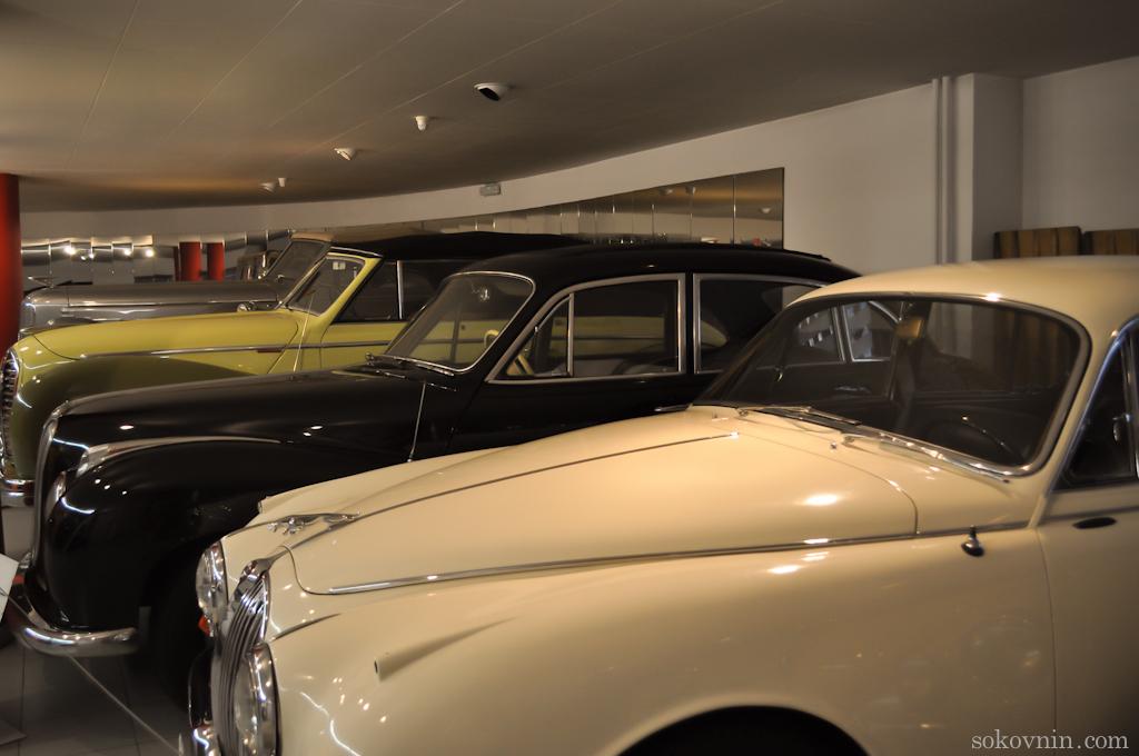 Музей старинных автомобилей в Энкампе