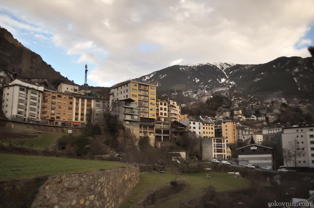 Дома и отели в Андорре