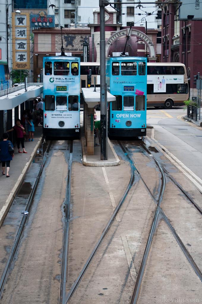 Поездка на двухэтажных трамваях в Гонконге