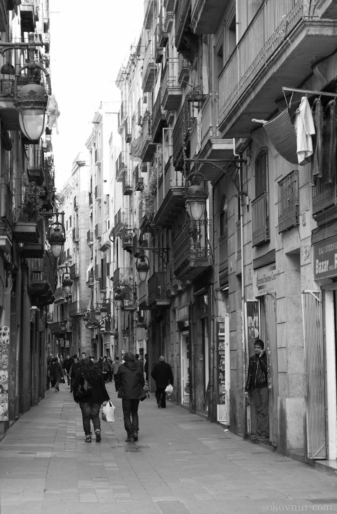 Узкие улицы Барселоны