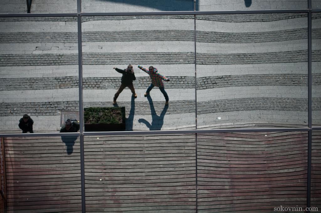 Наше отражение в стекле
