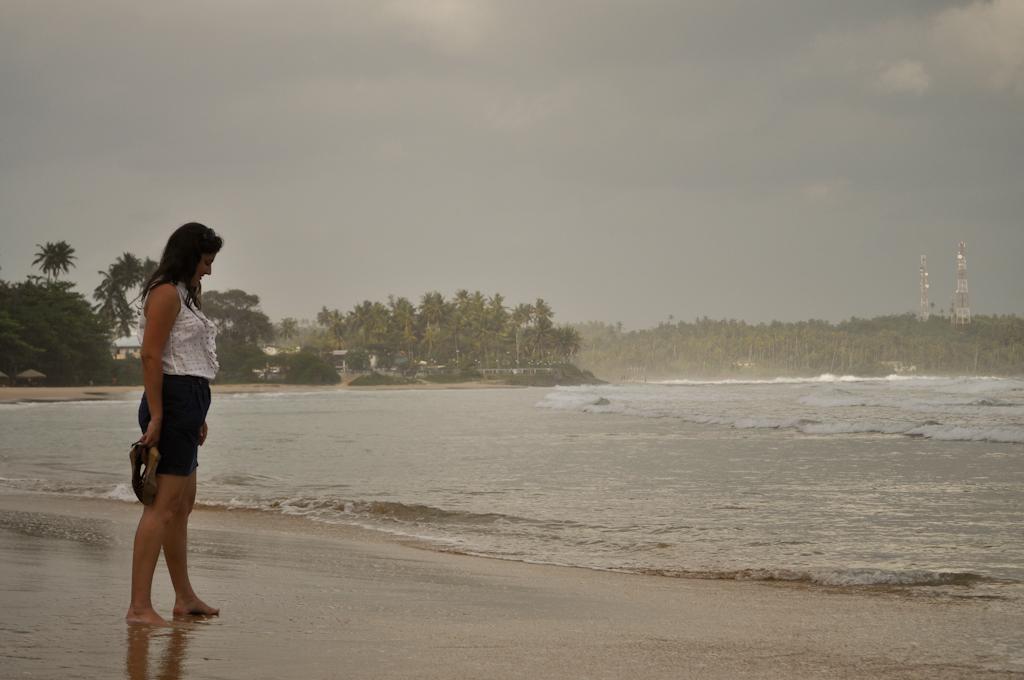 Вика на берегу океана