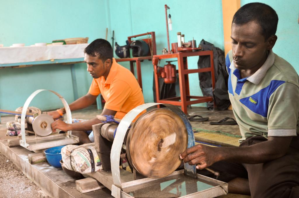 Производство драгоценностей на Шри-Ланке