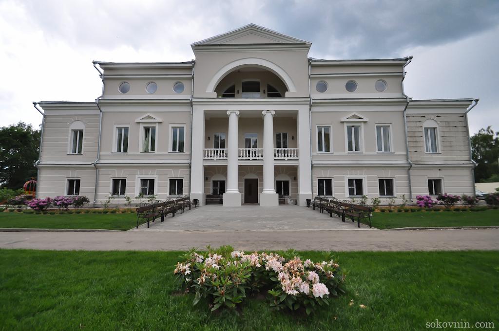Отель усадьба Лафер