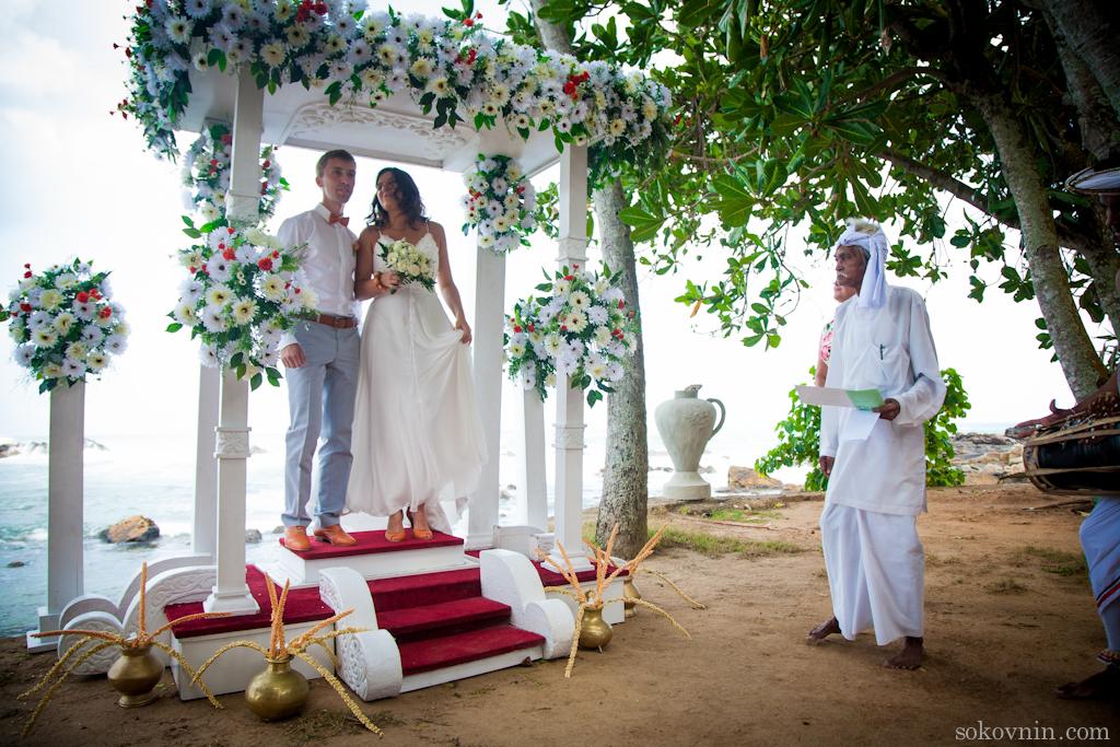 Свадьба за границей на берегу океана