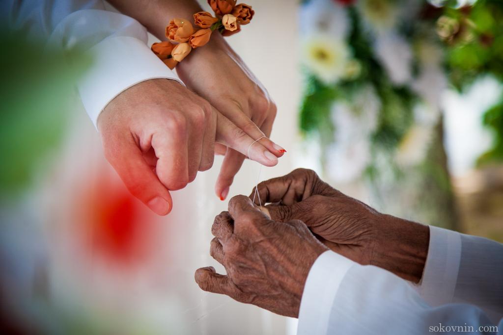 Свадебный обычай связывать пальцы ниточкой