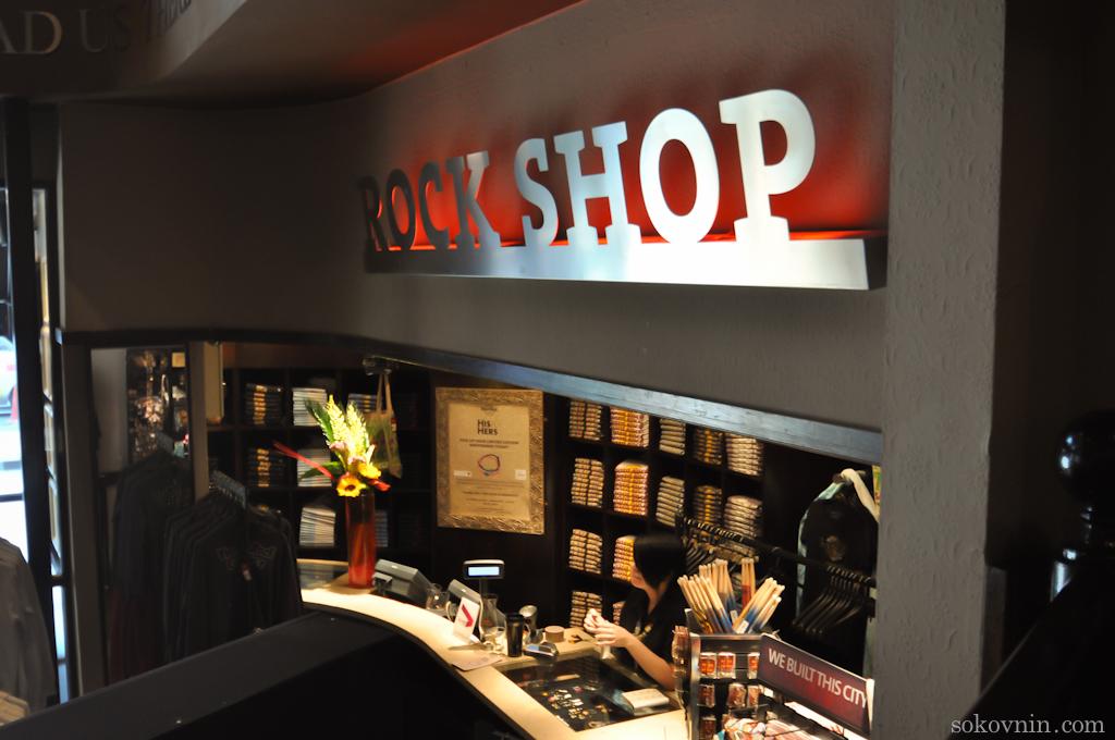 Рок магазин в Манчестере
