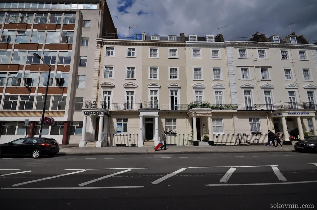 Отель Easyhotel Victoria в Лондоне