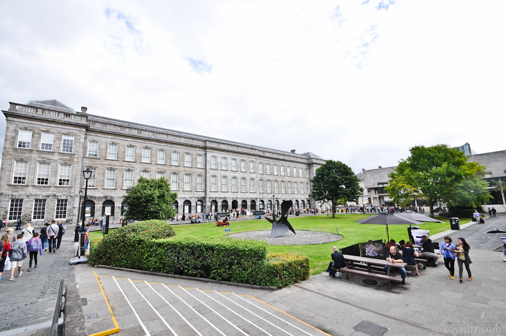 Площадь в Дублине