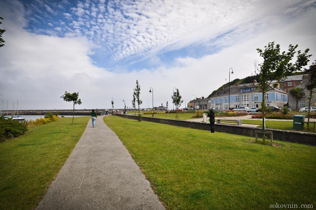 Набережная города Ховт в Ирландии