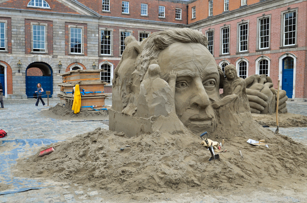 Скульптура из песка в Дублинском замке