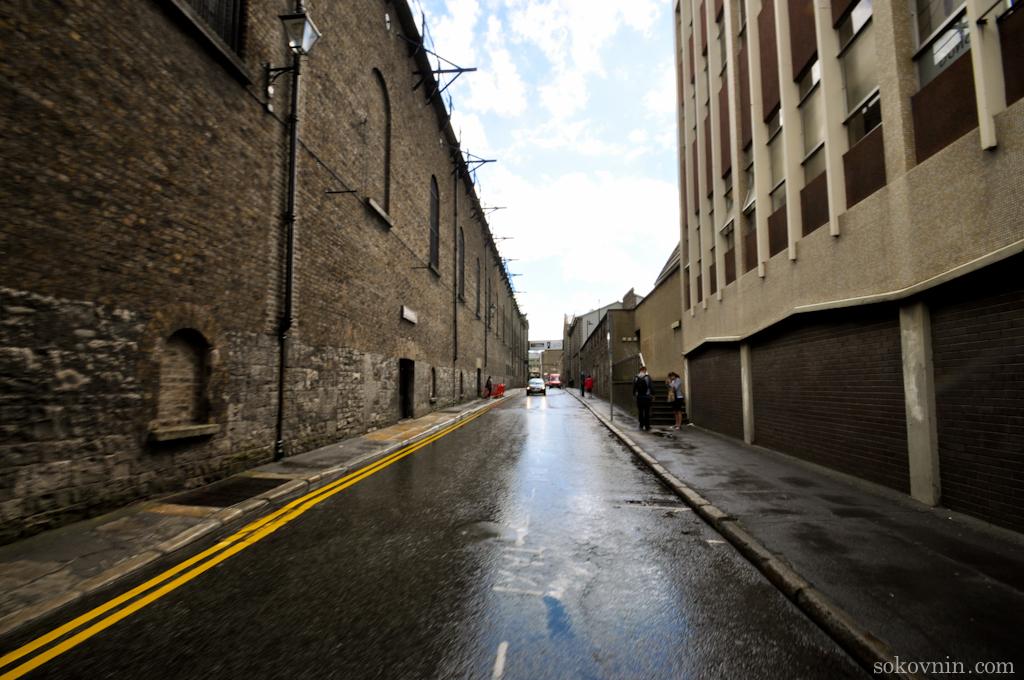 Дорога к заводу Гиннесс в Дублине