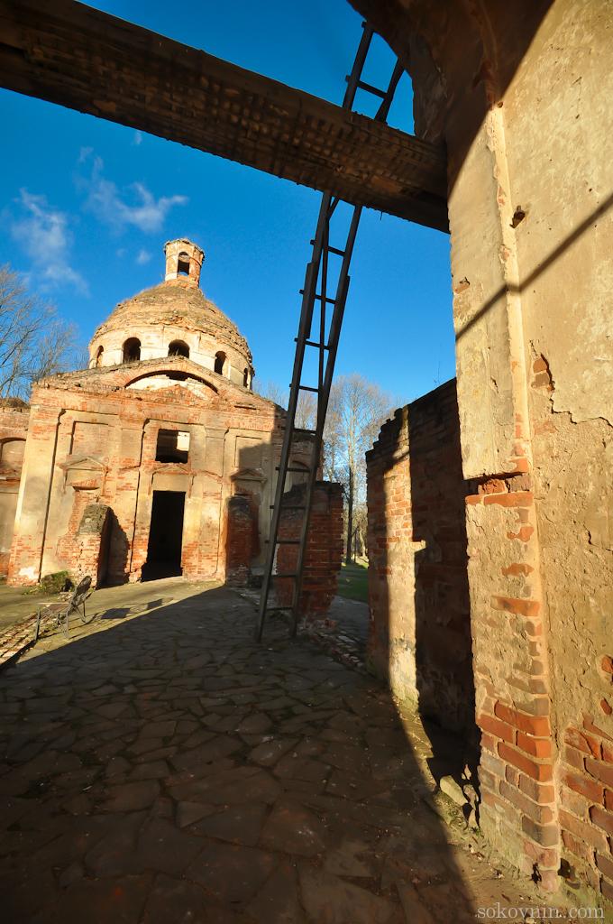 Церковь на территории Лафер