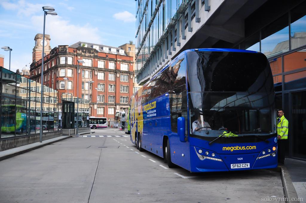 Автобус Megabus в Англии