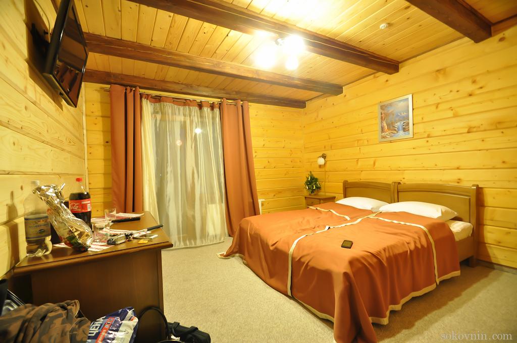 Отель Hotel Plus в Буковеле, двухместный номер