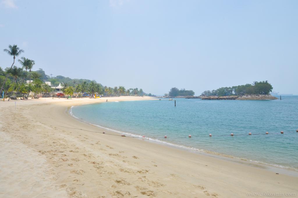 Белый песок на Сентозе