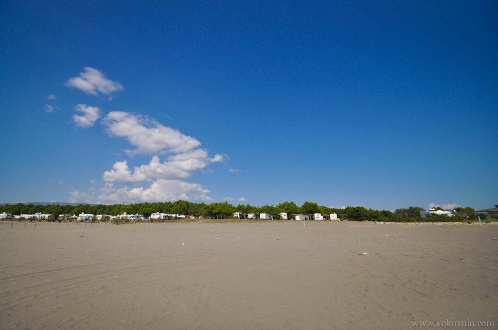 Кэмпинги на пляже для автодомов