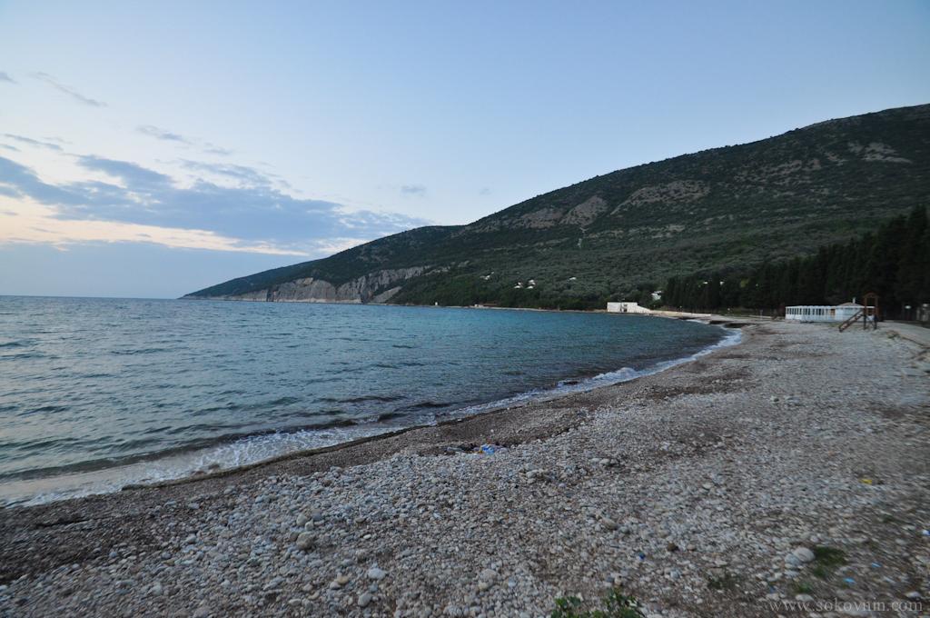 Пляж недалеко от Ульциня