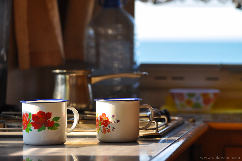 Варим кофе в доме на колёсах
