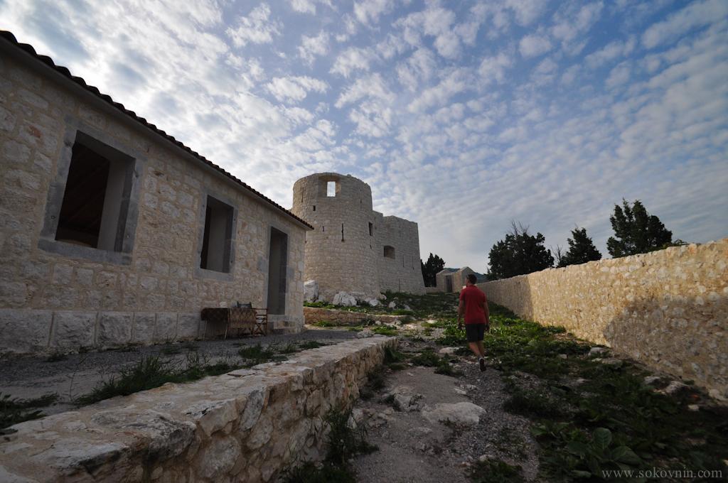 Замок в Черногории