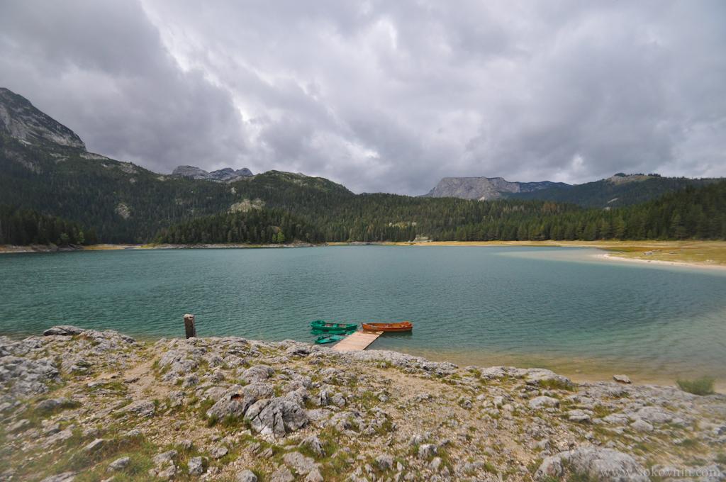 Чёрное озеро в Черногории