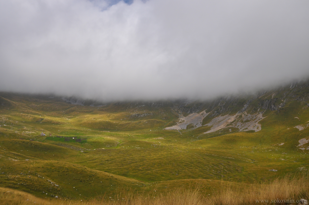 Облака и горы