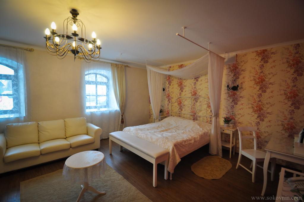 Свадебный люкс в отеле Изборске
