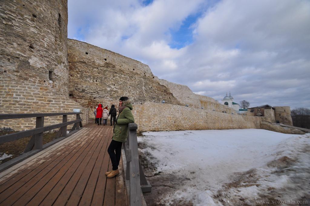 Старая крепость в Изборске