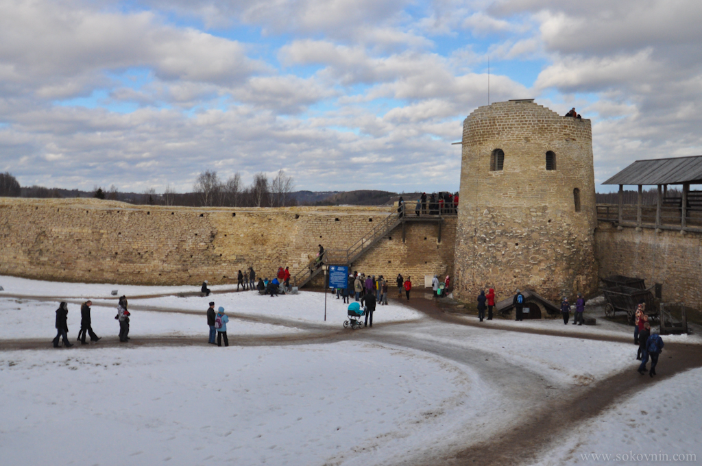 Крепость в Изборске