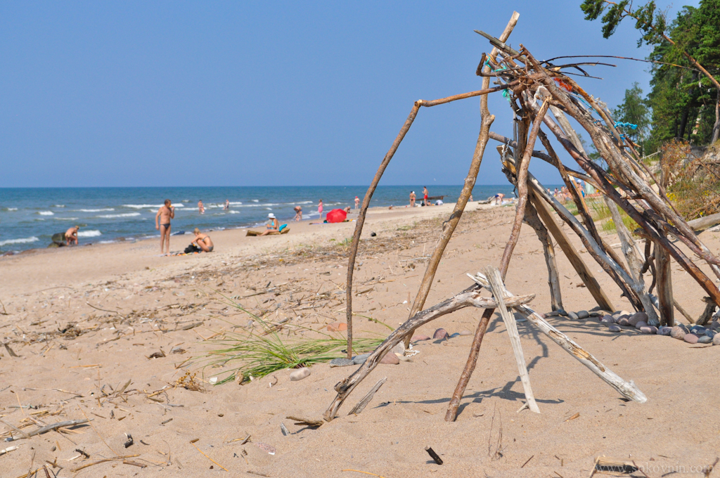 Дикий пляж в Паланге
