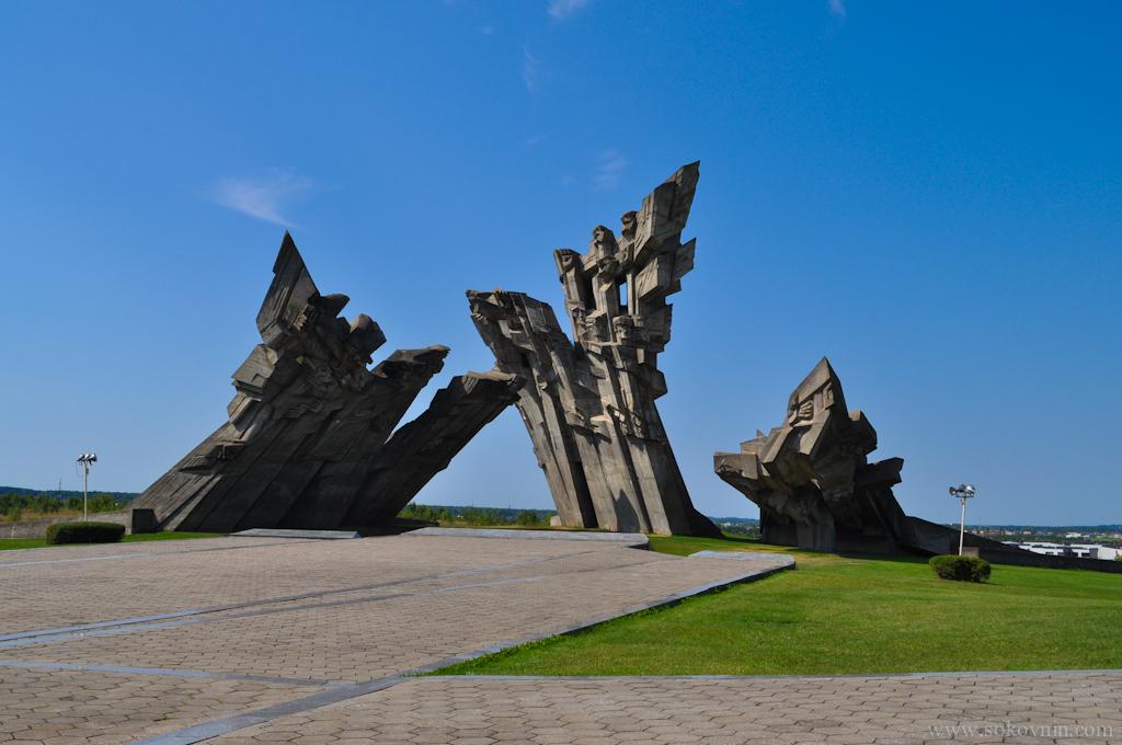 Памятник войне в Каунасе