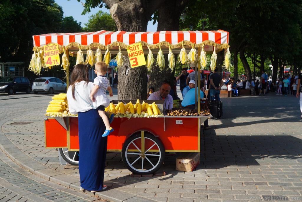 Тележки с кукурузой в Стамбуле